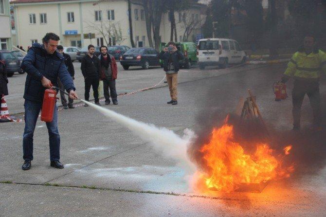 İlahiyat Fakültesi'nde Yangın Tatbikatı