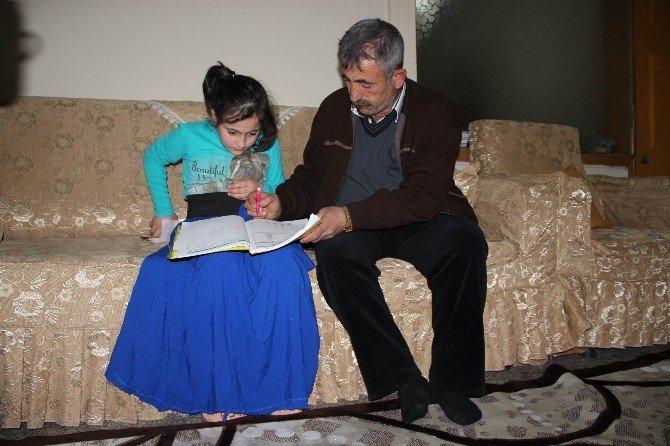 Teröristlerin Bombası Bir Aileyi Parçaladı