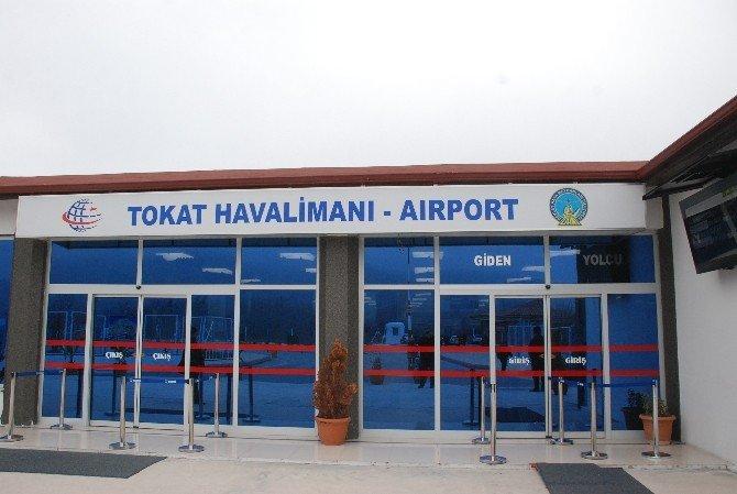 Tokat'ta Uçak Seferlerine Sis Engeli