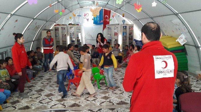 Türk Kızılayı'ndan Suriye'li Çocuklara Psikolojik Destek