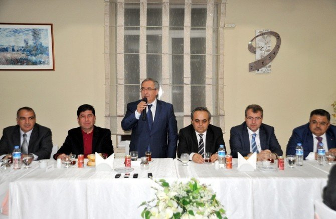 Şeyh Edebali Üniversitesi Rektörü Prof. Dr. Özcan'a Veda Yemeği
