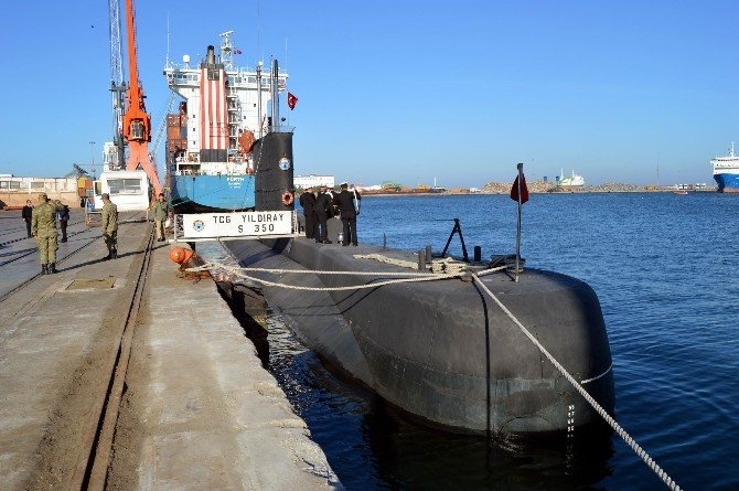Yıldıray Denizaltısı Şehit Yakınları Ve Gazileri Ağırladı