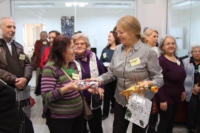 Ata Evi'nde Yeni Dostlarla Yeni Yıla 'Merhaba' Dediler