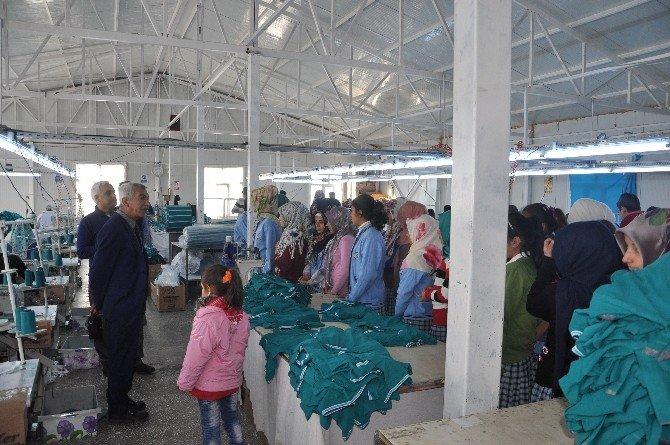 Öğrencilere Tekstil Mesleği Anlatıldı