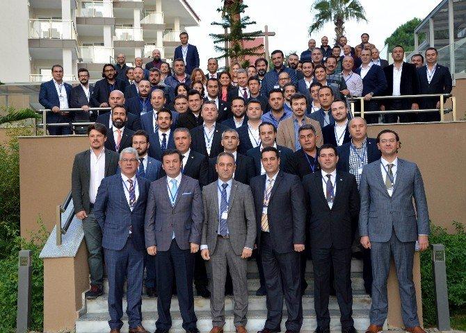 Aydın'da Genç İş Adamları Vizyon Aydın Platformu İçin İmzalar Attı