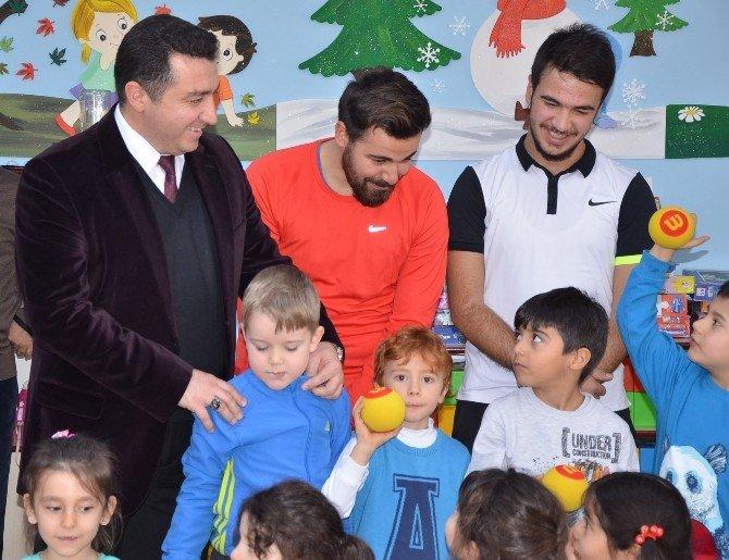 Başkan Bakıcı Minik Tenisçilerle