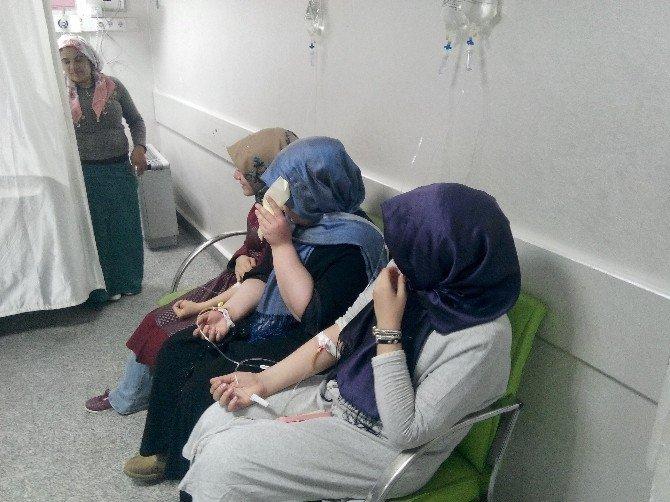 Doğum Günü Pastası 27 Öğrenciyi Zehirledi
