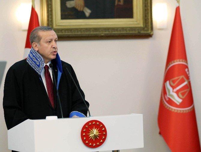 Cumhurbaşkanı Erdoğan, Sayıştay Genel Kuruluna Katıldı