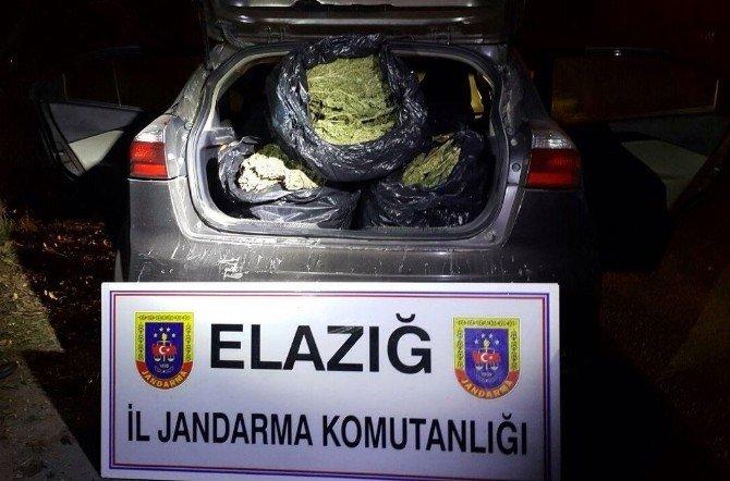 Uyuşturucu Tacirleri, Jandarmanın Nefes Kesen Takibi Sonucu Yakalandı