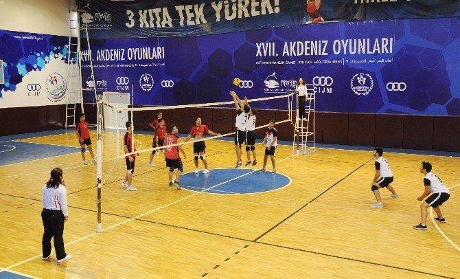 Erdemli'de Okul Sporları Coşkusu