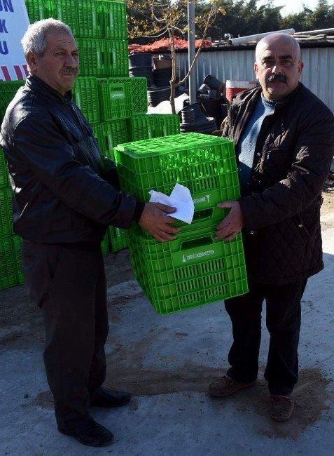 Aliağa'da Çiftçilere Kasa Desteği