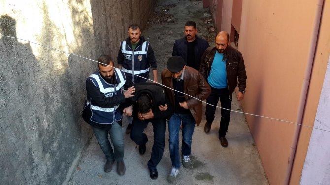 Polisten 'sahte savcı ve polis' operasyonu
