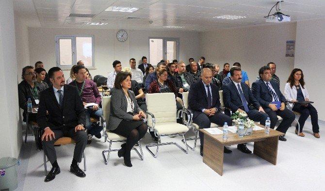 Mersin'de Doktorlara Travma Resüsitasyon Kursu Veriliyor