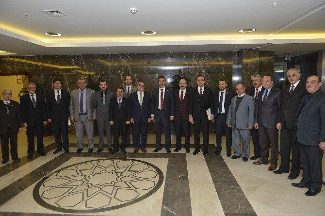 Nevşehir Esnaf Teşkilatları Bakan Tüfenkci'yi Ziyaret Etti
