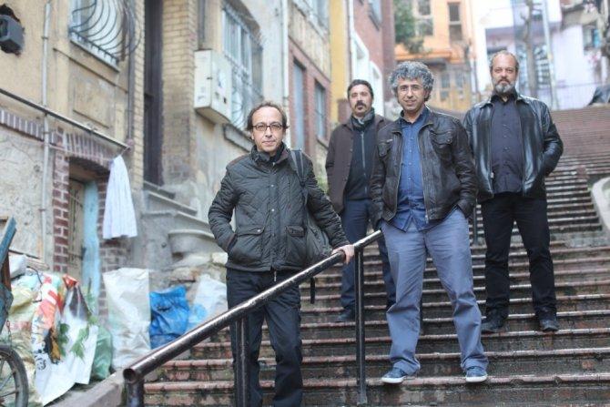 İhtiyaç Molası üçüncü albümü ile sahnelere dönüyor