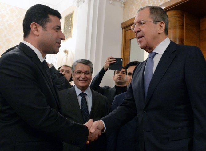 Demirtaş'la görüşen Lavrov: IŞİD'le savaşan güçlerle aktif işbirliğine hazırız
