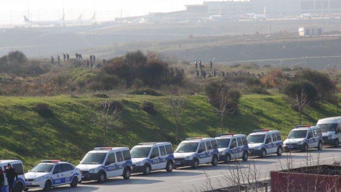 Yüzlerce polis, Sabiha Gökçen çevresinde inceleme yapıyor
