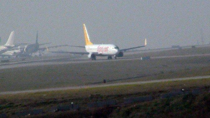 Patlamanın Ardından Havalimanı Çevresinde İnceleme Başlatıldı