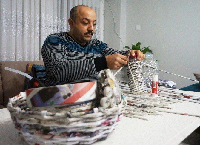 Atık Gazetelere Can Verdi Kahvehane Alışkanlığını Yendi