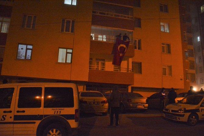 Şehit polisin Kırşehir'deki baba evine acı haber ulaştı