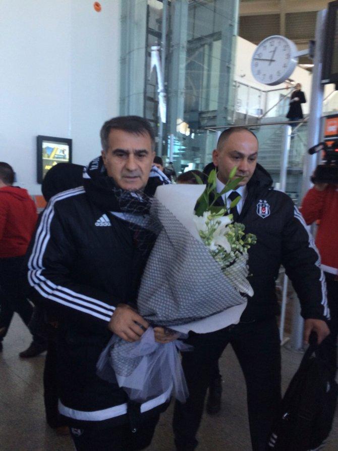 Beşiktaş, Sivas Belediyespor maçı için Sivas'a geldi