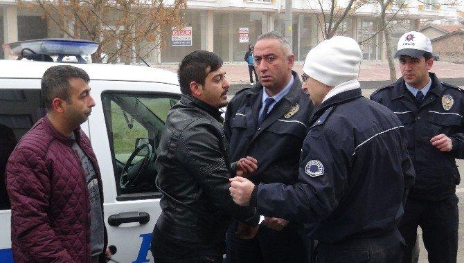 Aksaray'da Sahte Plakalı Otomobil Yakalandı