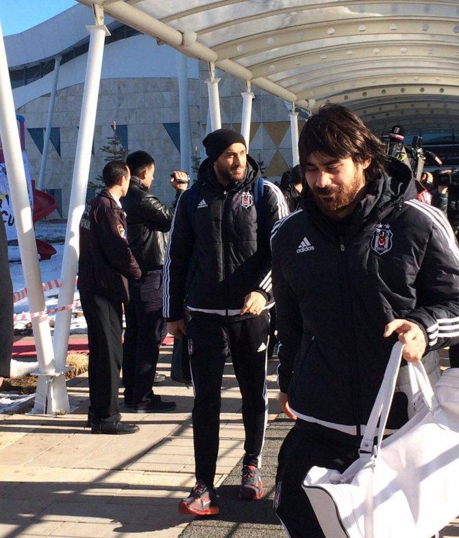 Beşiktaş kafilesi, Sivas'a geldi