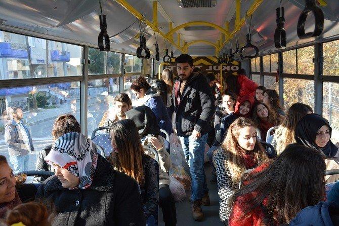 BAÜ Altınoluk Meslek Yüksekokulu Öğrencilerinden Anlamlı Ziyaret