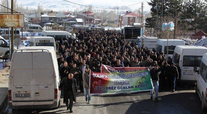 Başkale'de Sokağa Çıkma Yasağı Protestosu
