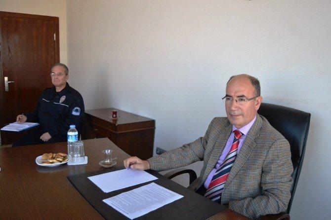 Ayvalık'ta Yılın Son Liman Güvenlik Toplantısı Gerçekleştirildi