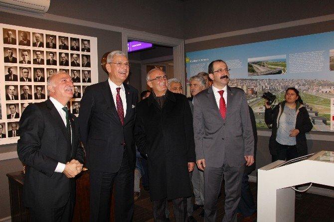 Bakan Bozkır Samsun Kent Müzesi'ni Gezdi