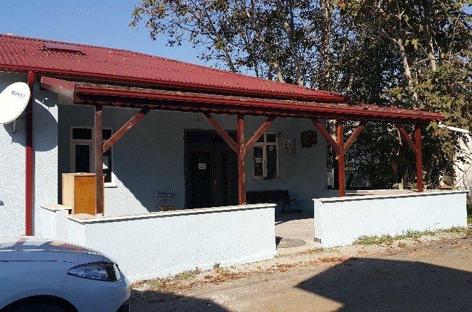 Adapazarı Belediyesi Köy Konaklarını Yeniliyor