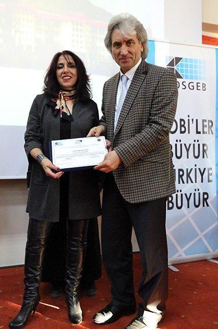 """ARÜ'de """"Btc Girişimcilik Sertifika Töreni"""" Yapıldı"""