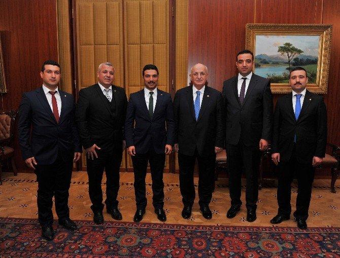 Birlik Vakfı Yöneticileri, TBMM Başkanı İsmail Kahraman'ı Ziyaret Etti