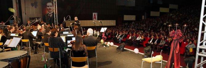 Çukurova Devlet Senfoni Orkestrası'ndan yeni yıl konseri