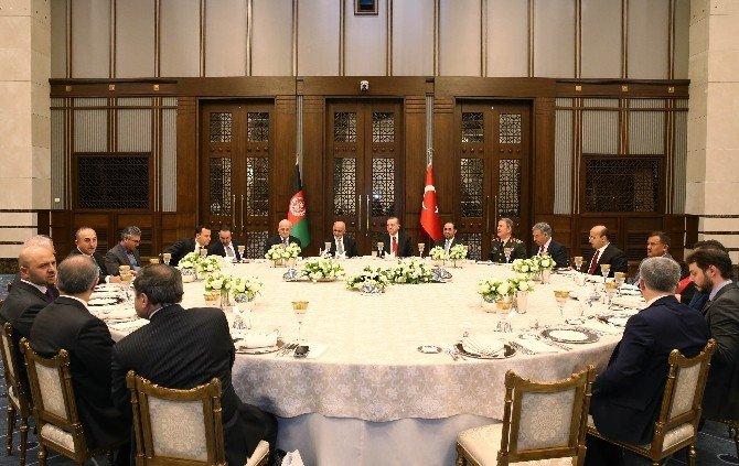 Cumhurbaşkanı Erdoğan, Ahmedzai'nın Onuruna Akşam Yemeği Verdi