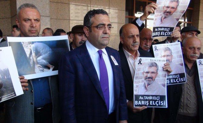 Lice davası Tahir Elçi'siz yapıldı, oturduğu masaya fotoğrafı koyuldu