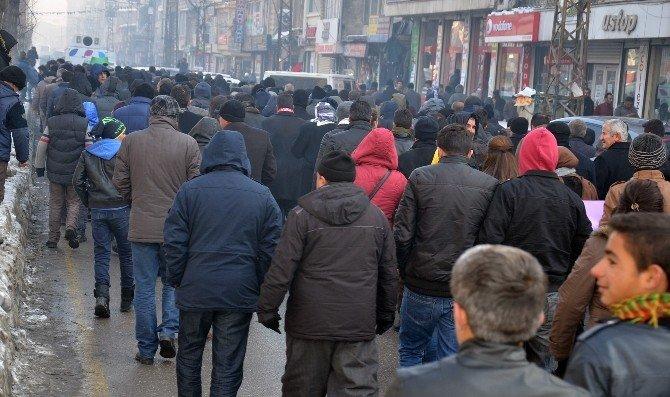Yürüyüşe Polis Müdahalesi