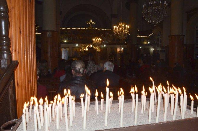 İskenderun'da Ortodoks Kilisesi'nde Noel ayini düzenlendi