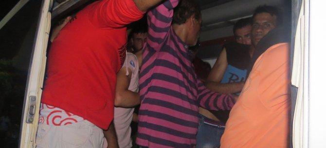 Minibüste 21 Suriyeli kaçak göçmen yakalandı