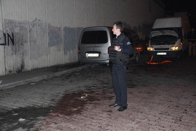 Reçete Tartışması Kanlı Bitti: Biri Polis 2 Yaralı