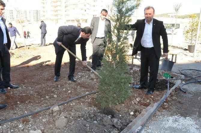 Karaköprü Belediyesi'nden Yeni Park Çalışması