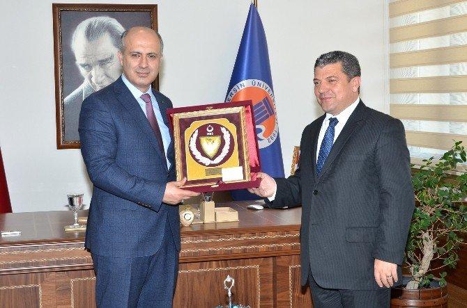 KKTC Milli Eğitim Bakanı Mersin Üniversitesi'ni Ziyaret Etti