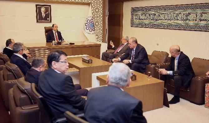 """Başkan Karaosmanoğlu: """"Yoldan Ray Medeniyetine Geçiyoruz"""""""