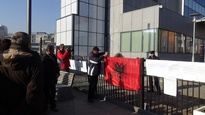 Kosovalı Gazilerden Hükümete Protesto