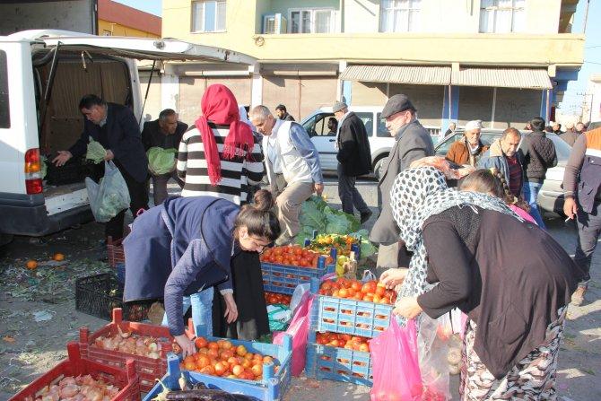 Sokağa çıkma yasağı kalktı Nusaybin'de vatandaşlar pazara akın etti
