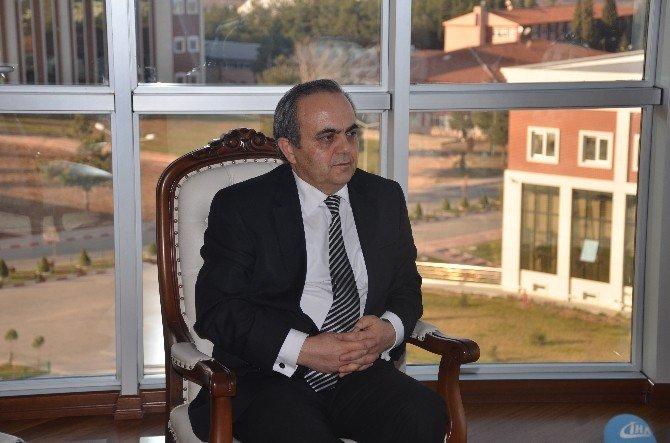Görev Süresi Dolan Özcan'dan Duygu Dolu Sözler
