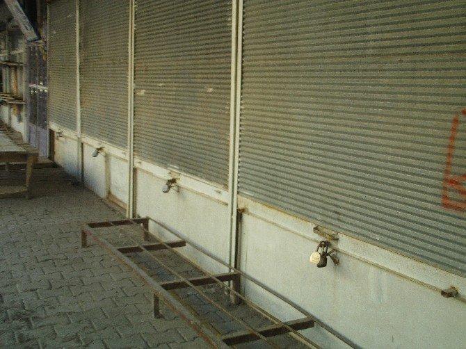 Özalp'ta Kepekler Açılmadı