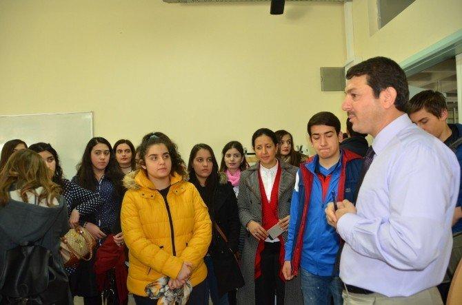 Liselilerin Üniversite Gezisi