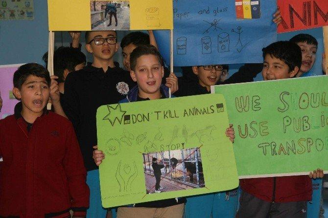 Yozgat Çözüm Kolejinde Öğrenciler Hem Eğleniyor Hem İngilizce Öğreniyor
